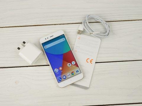 Недорогой смартфон Xiaomi Mi A1 64Gb. Купить смартфон Xiaomi Mi A1