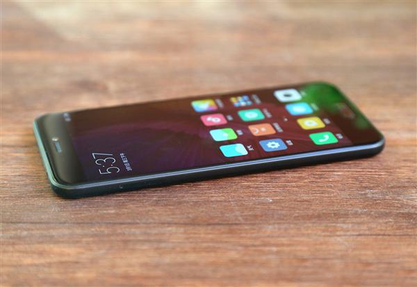 Обзор смартфона Xiaomi Mi 5C