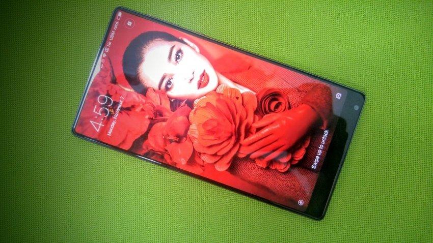 Быстрый обзор Xiaomi Mi Mix. Мегаконцептуальный смартфон с