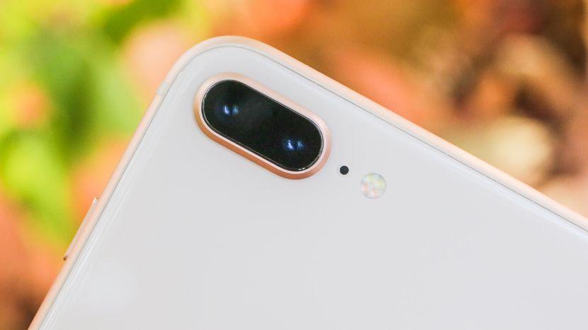 iPhone 8 Plus review: Cutting-edge power in a familiar design - CNET