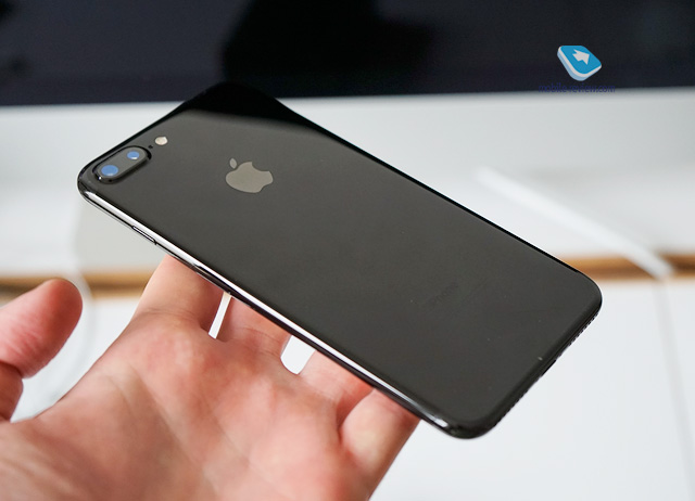 Mobile-review.com Обзор смартфона Apple iPhone 7 Plus, часть первая