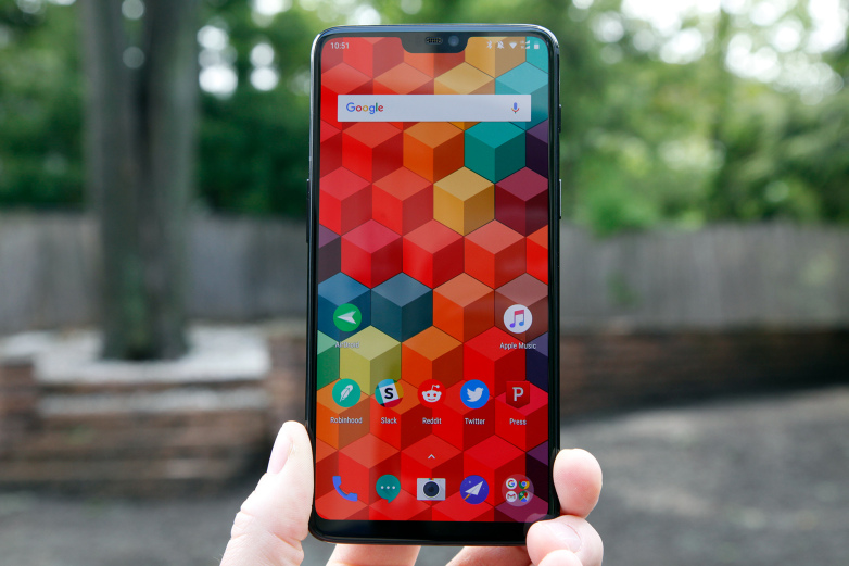 Of course you can trick the OnePlus 6's Face Unlock with a photo – BGR