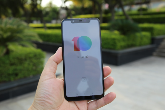 Xiaomi Mi 8 Review (Early): Best Android Phone Yet