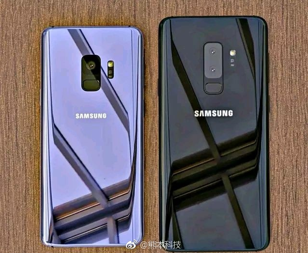 First Live Images of the Samsung Galaxy S9 and S9+ Surfaced Online