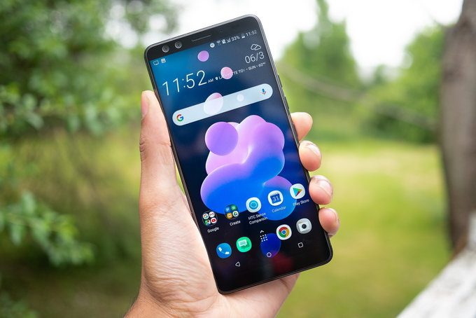 HTC U12+ Review