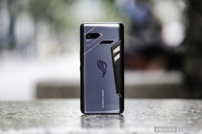 Asus ROG Phone: We go hands-on with this beast of a gaming phone