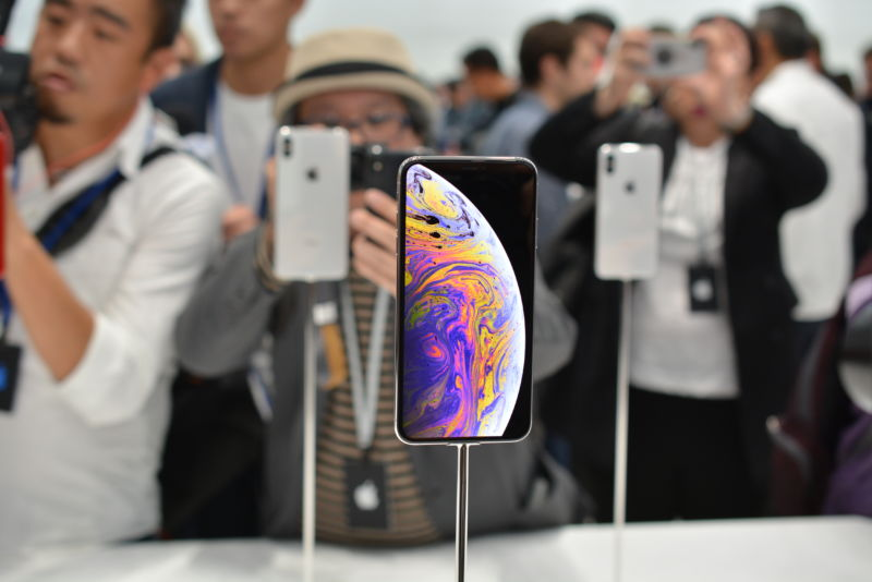 Hands-on with the iPhone XS, iPhone XS Max, and iPhone XR | Ars
