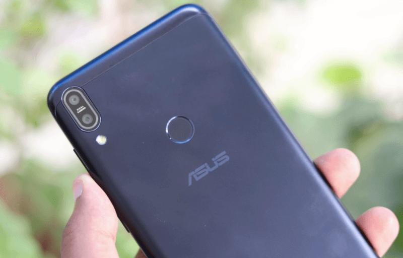 ASUS ZenFone Max Pro (M2) примерил «монобровь»