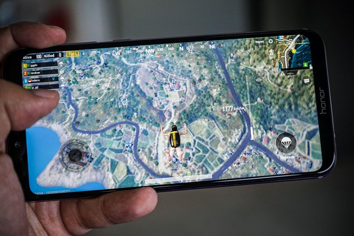 Huawei's Honor Play could be the perfect PUBG phone - CNET
