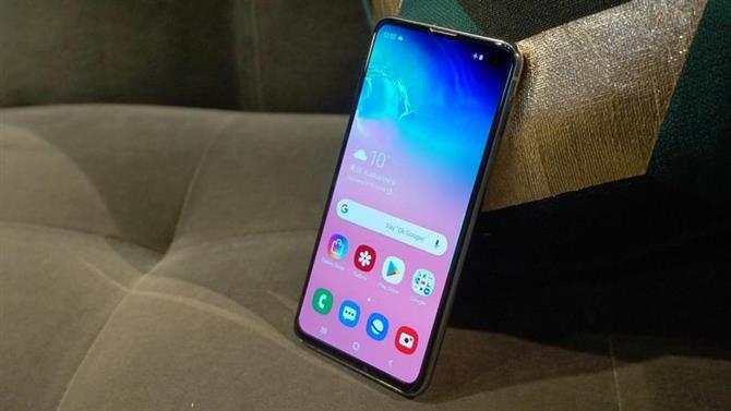 Обзор Samsung Galaxy S10e: практический - TECHQ - Обзоры по