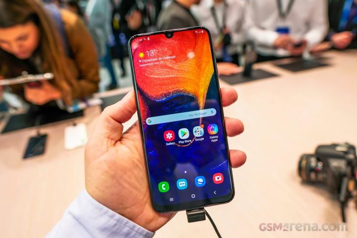 Samsung Galaxy A50, A30, Tab S5e hands-on review - GSMArena.com tests