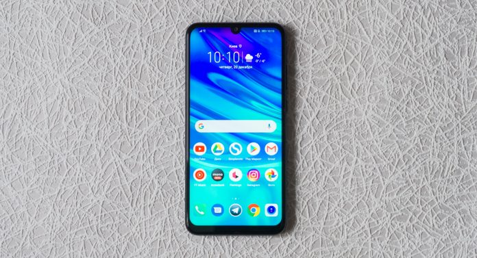 Обзор Huawei P smart 2019 - потенциальный хит начала года