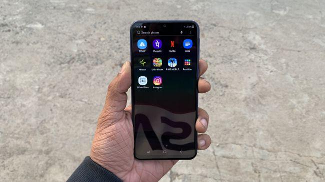Обзор Samsung Galaxy A20: реальные отзывы с плюсами и минусами
