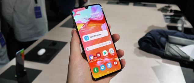 Предварительный обзор Samsung Galaxy A70 - SpotPhone