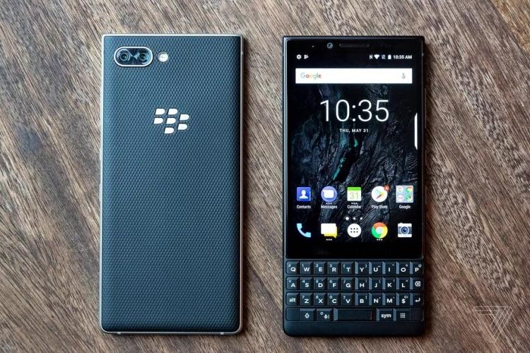 Дебют смартфона BlackBerry KEY2: хорошо знакомый QWERTY-середнячок