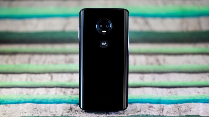 Motorola Moto G7 review: The best budget phone just got better - CNET