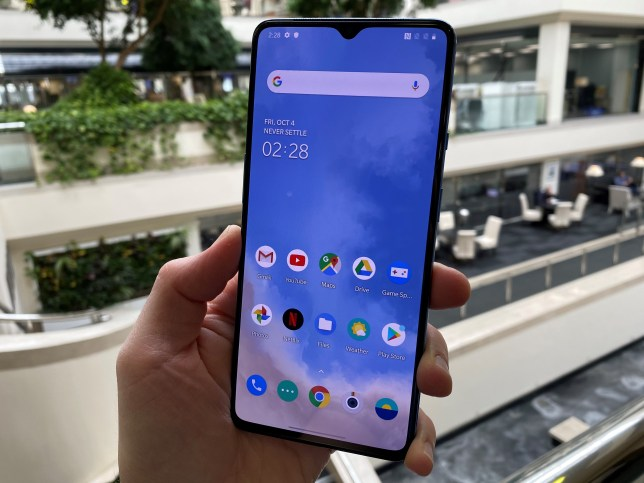 OnePlus 7T review: superior screen with the same great price