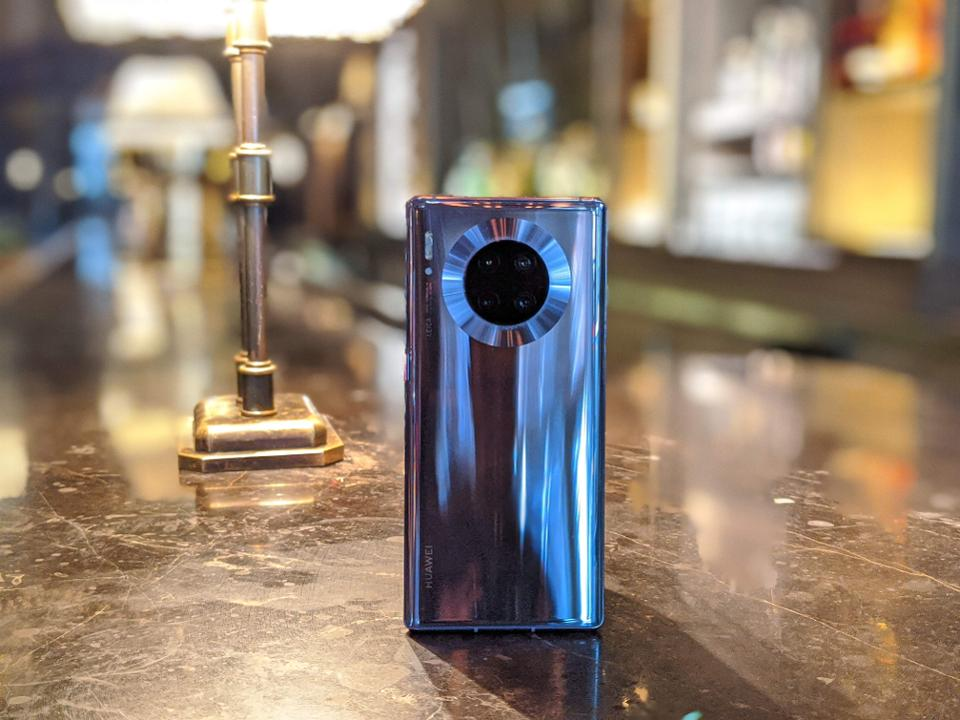 Huawei Mate 30 Pro Review: A Hardware Powerhouse For Those Who