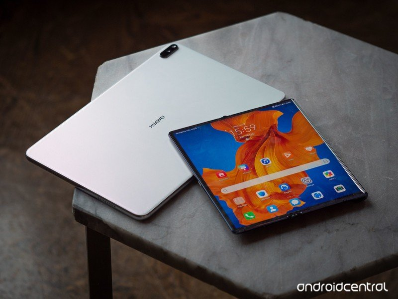 Huawei Mate XS hands-on review: Foldables come to the post-Google