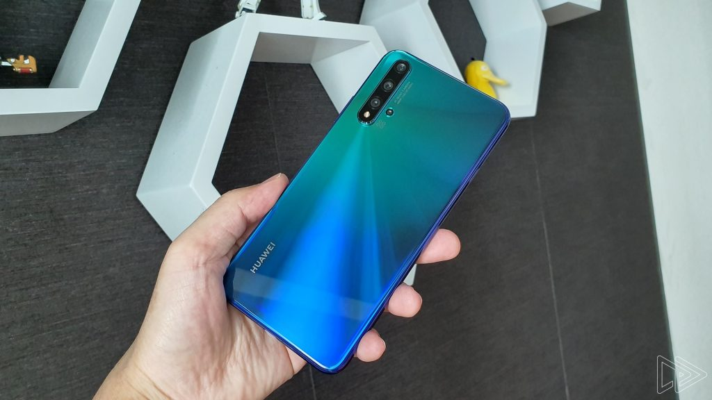 Huawei Nova 5T Review: Same Phone, Different Guise
