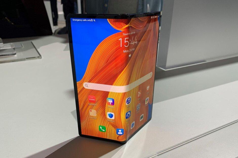 The Huawei Mate Xs: want one? - PhoneArena