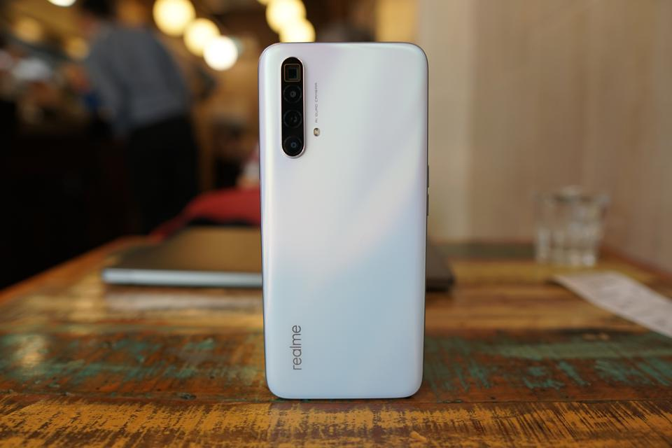 Realme X3 SuperZoom Review: Periscope Zoom On A Budget