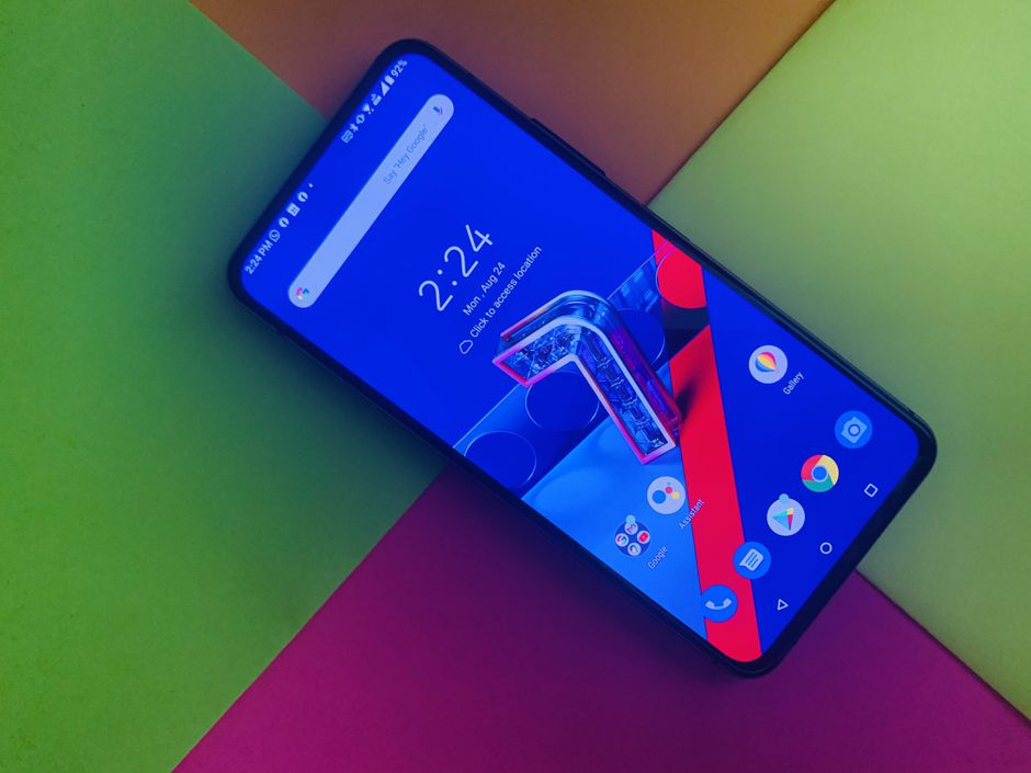 Asus Zenfone 7 Pro's camera is flipping cool, and so is the