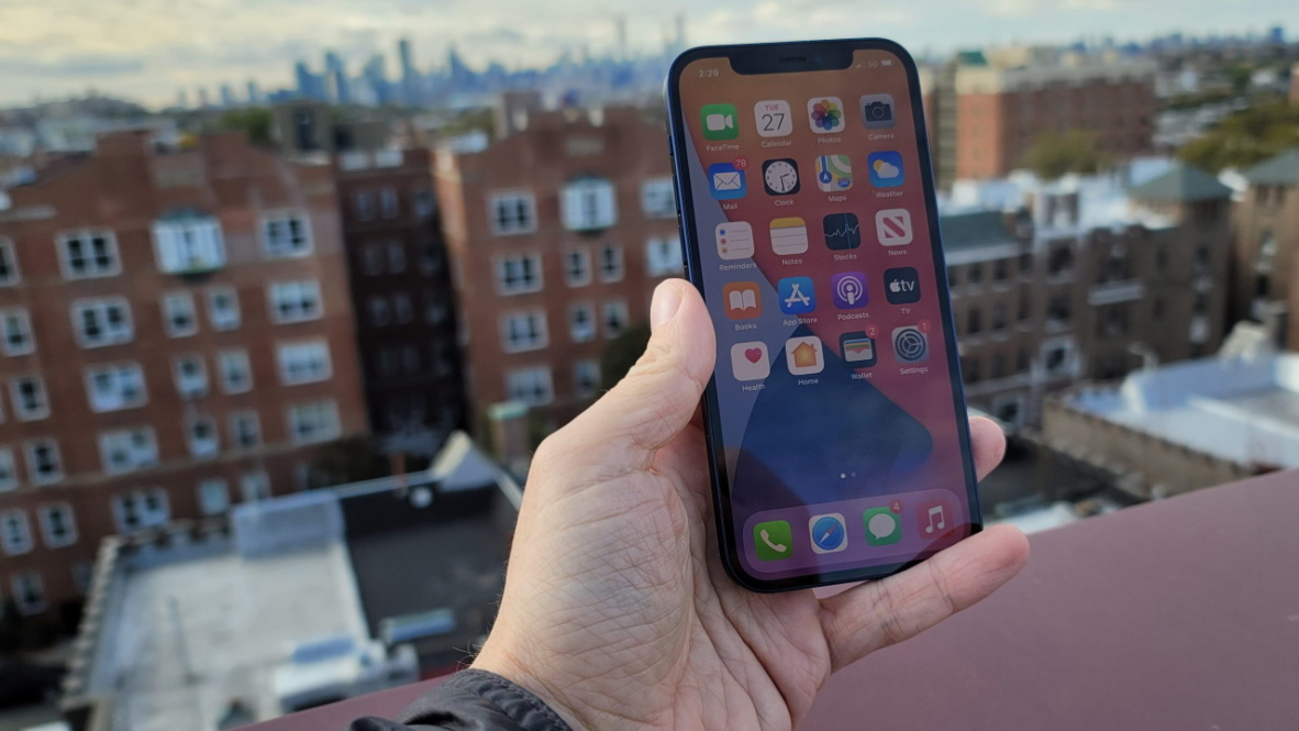 Apple iPhone 12 Review | PCMag