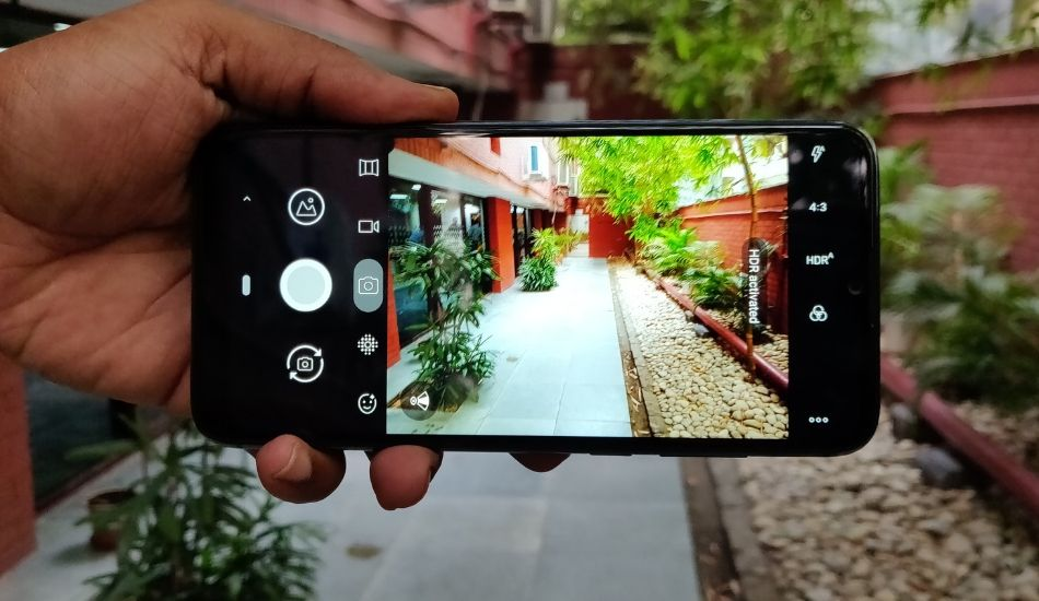 LG W30 Review: Weak performance undermines a good design!