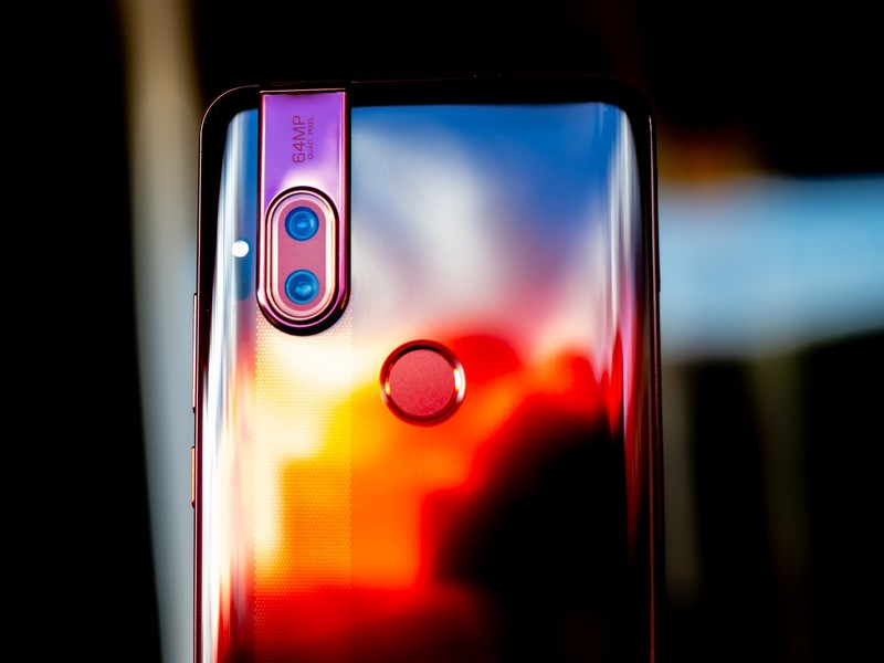 Motorola One Hyper hands-on: All the megapixels $400 can buy