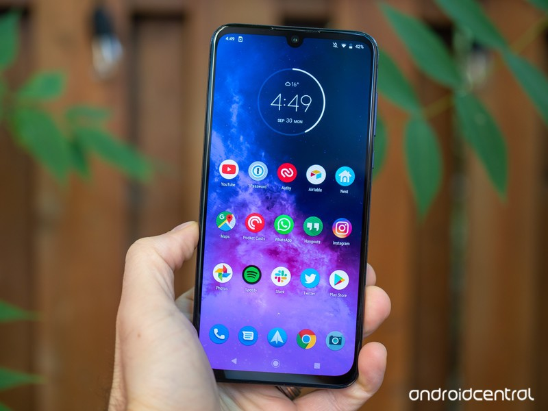 Motorola One Zoom review: Ready for its closeup | Android Central