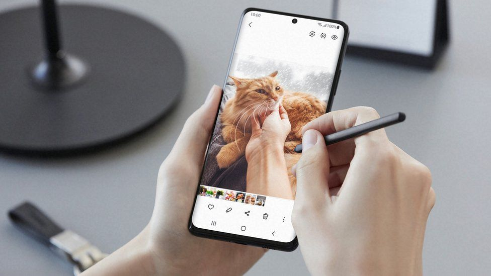 Samsung Galaxy S21 Ultra: Does stylus spell end of the Note? - BBC