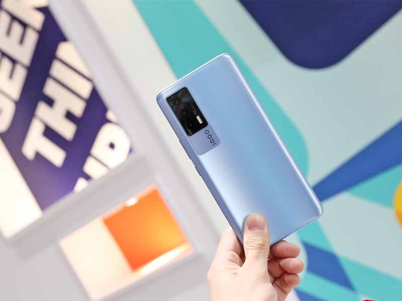 iQOO Neo 5 Review: New iQOO Neo Series Phone With Snapdragon 870